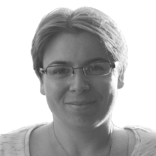 Flore Tinaire - Auteure nouvelle lesbienne